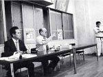 当時の審査風景。総裁の隣が岩村五段