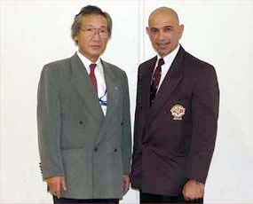 キックボクシング界でも活躍するオーストラリアのジョージ・コロボス師範と