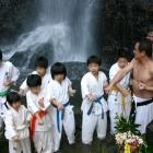 20060115 滝浴び