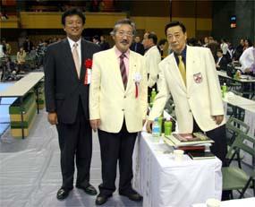 妖刀村正・大石師範(右端)と(第38回全日本大会にて)