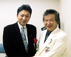 鳩山由紀夫元首相と。